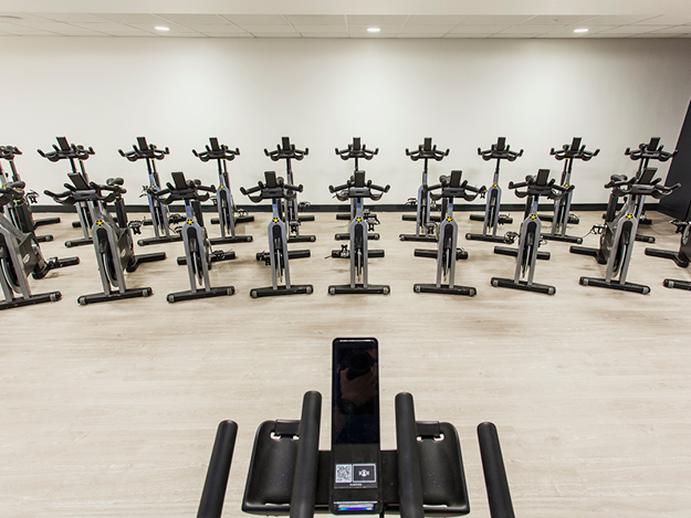 Group exercise spin bikes technogym